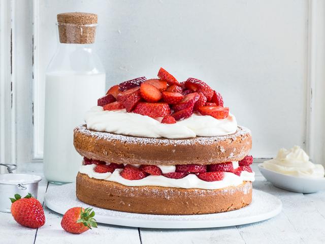 Rezept für eine einfache Erdbeer-Mascarpone Torte | | Meine Kuechenschlacht