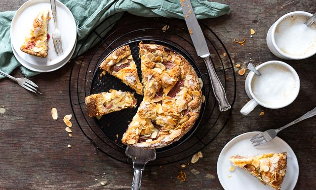 Rhabarber-Orange-Mandel-Kuchen