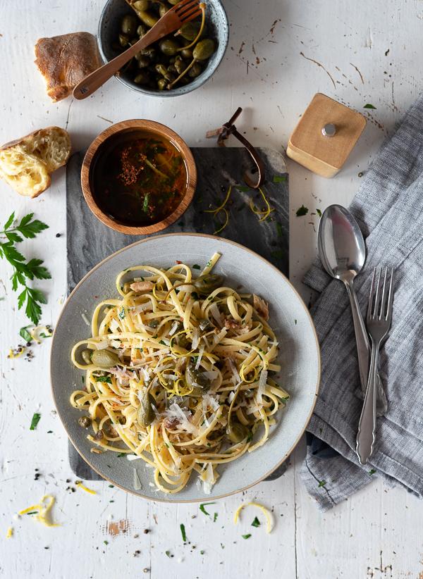 Pasta in Olivenöl-Knoblauch-Zitronen Sauce | Meine Kuechenschlacht